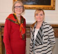 F�hrungswechsel im B�rgerb�ro - Esther Kern (rechts) folgt Renate Lanzet (links)