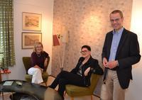 Beim Rendezvous am Nierentisch: (v.l.n.r.) Dr. Monica Jager-Schlichter, Dr. Karin Leydecker und Kulturdezernent B�rgermeister Dr. Maximilian Ingenthron