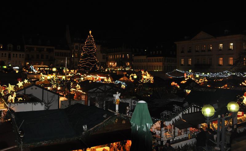 Landau Weihnachtsmarkt.Thomas Nast Nikolausmarkt Stadt Landau