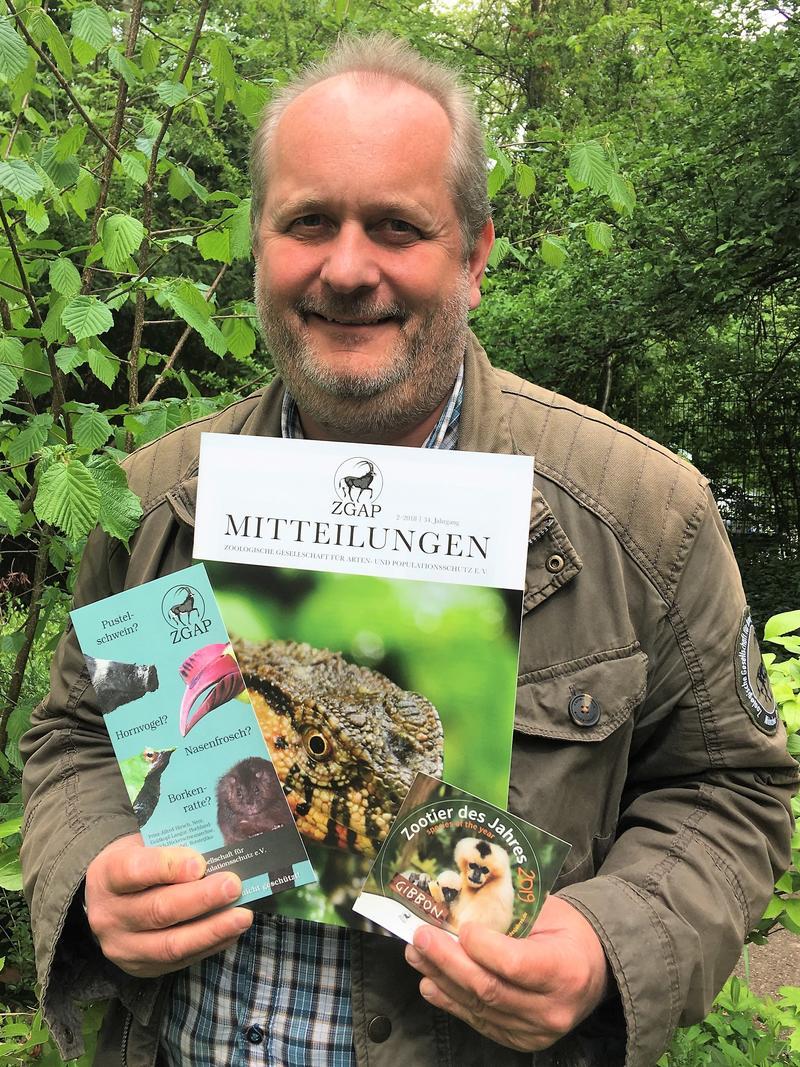 Landaus Zoodirektor Dr. Jens-Ove Heckel als ZGAP-Vorsitzender im Amt bestätigt - Über 100 Mitglieder der Zoologischen Gesellschaft für Arten- und Populationsschutz e.V. tagten in Neumünster