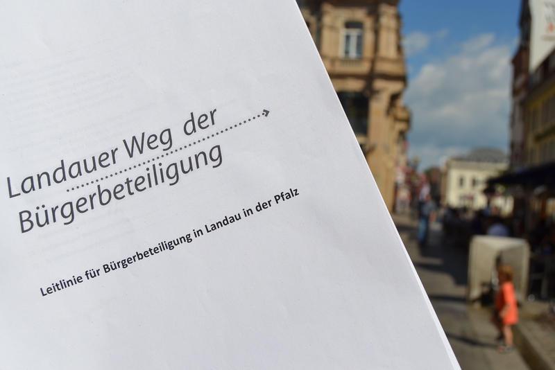 """Alles rund um den """"Landauer Weg der Bürgerbeteiligung"""" erfährt das Publikum am kommenden Sonntag, 4. August, bei den Musikalischen Goetheparkplaudereien."""