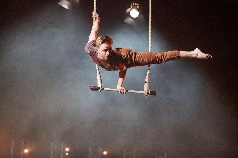 """Die Aboreihe 4 startet am 15. Oktober 2019 mit der spektakulären Zirkusshow """"Filament – The Circus Club""""."""