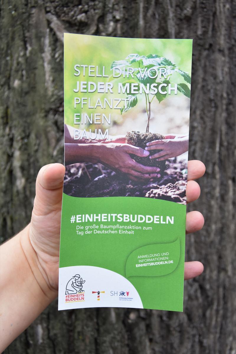 #Einheitsbuddeln: Mit einer Pflanzparty auf dem ehemaligen LGS-Gelände nimmt auch die Stadt Landau bei der großen Baumpflanzaktion zum Tag der Deutschen Einheit teil.