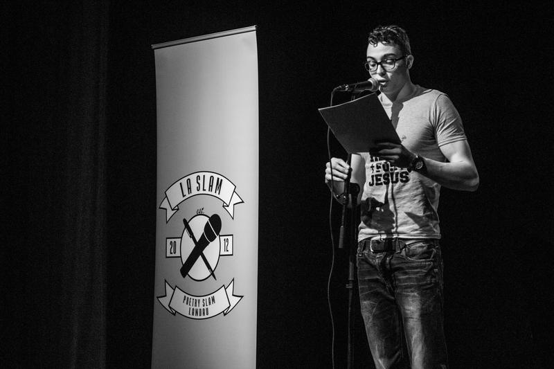 Am 24. Oktober macht der LaSlam Poetry Slam Landau wieder Station in der Stadtbibliothek.