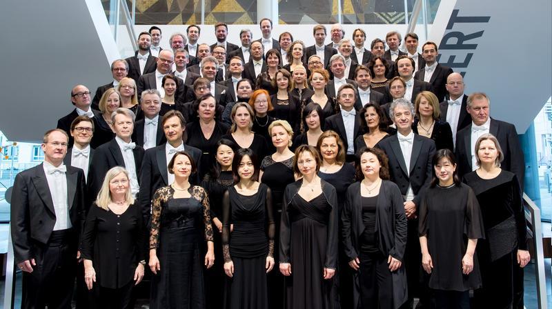 Beim ersten Abonnementkonzert spielte die Deutsche Staatsphilharmonie Rheinland-Pfalz im Rahmen ihrer Jubiläumsspielzeit Werke von Felix Mendelssohn Bartholdy, Richard Wagner und Richard Strauss in der Landauer Jugendstil-Festhalle.