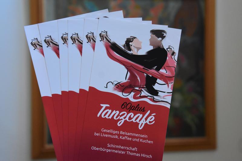 Zum vorletzten Mal in diesem Jahr: Am Sonntag, 10. November, findet das Tanzcafé 60 plus um 15 Uhr in den Räumen der Ökumenischen Sozialstation in Landau statt.