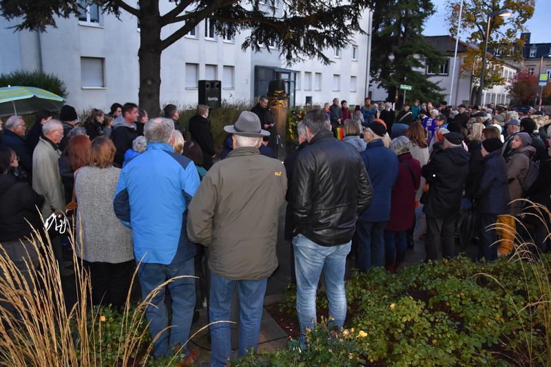 Am 9. November gedachten die Landauerinnen und Landauer auch in diesem Jahr der Opfer der Novemberpogrome des Jahres 1938.