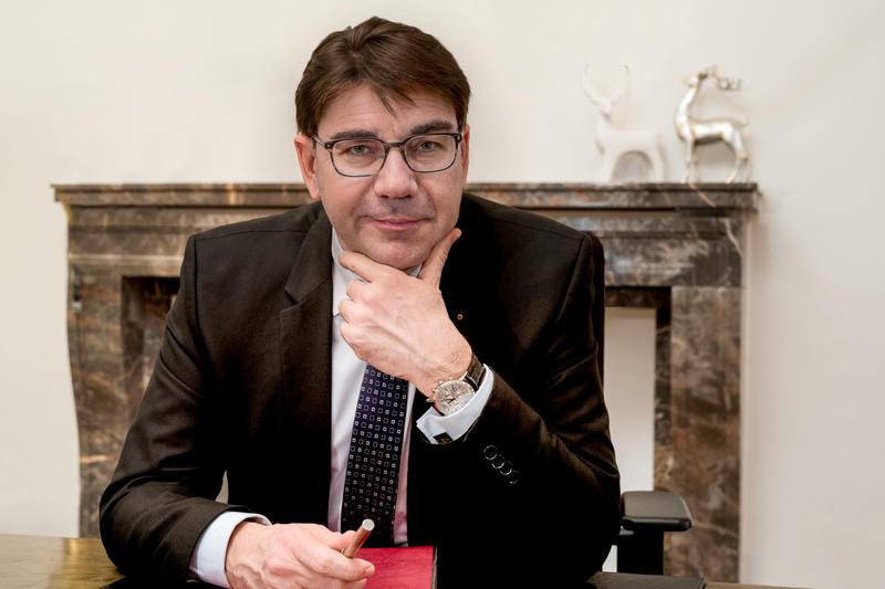 Der Landauer OB Thomas Hirsch bezog jetzt klar Stellung gegen den Versuch bestimmter Gruppierungen auch in Landau, die Gesellschaft zu spalten.