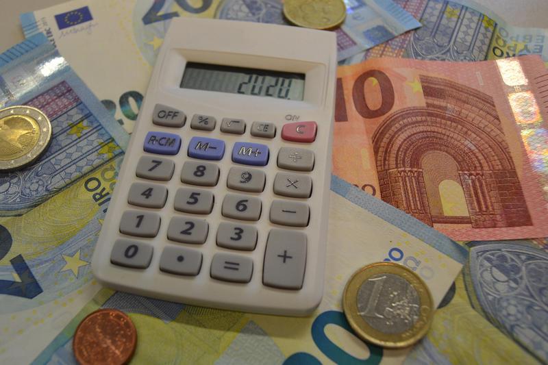 Der Entwurf des Haushalts der Stadt Landau in der Pfalz für 2020 steht! Am Montag, 25. November, wird das erarbeitete Zahlenwerk den Bürgerinnen und Bürgern sowie den Vertreterinnen und Vertretern der Presse vorgestellt.
