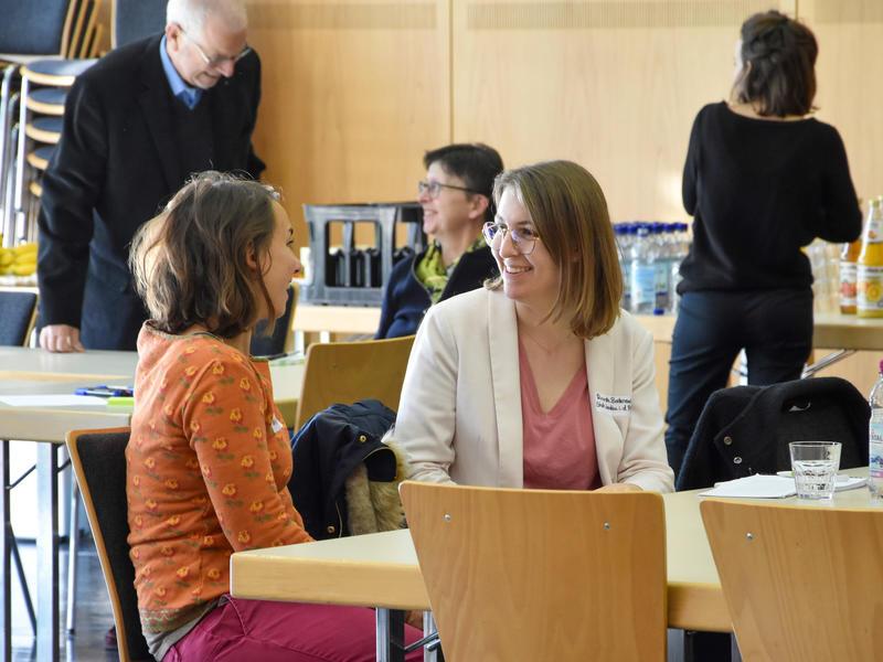 Im Dialog: Die städtische Bürgerbeteiligungsbeauftragte Ricarda Bodenseh vertrat die Stadt Landau jetzt beim Workshop der Stadt Speyer zum Thema Bürgerbeteiligung.