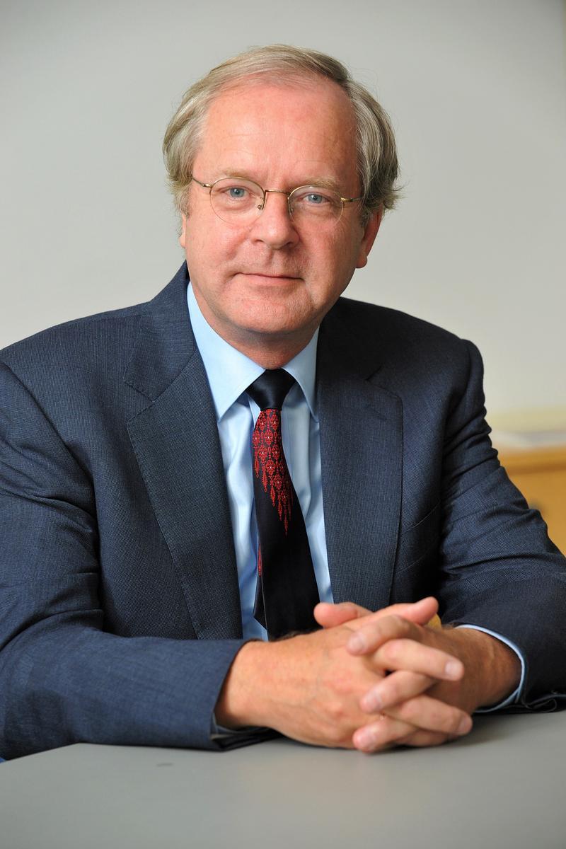Der frühere rheinland-pfälzische Justizminister Prof. Dr. Gerhard Robbers kommt am Freitag, 13. Dezember, für einen Vortrag in die Stadt Landau.