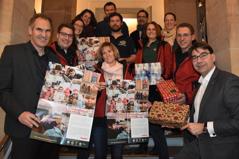 OB Hirsch und Landrat Seefeldt empfingen die südpfälzischen Rückkehrerinnen und Rückkehrer des Weihnachtspäckchenkonvois jetzt im Landauer Rathaus.